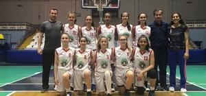 Turgutlu Belediyespor'un kızları namağlup şampiyon