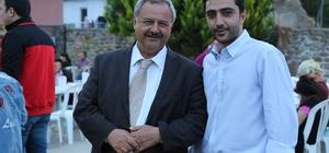 Başkan Uysal, iftarını vatandaşlarla yaptı