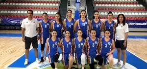 MEÜ Kadın Basketbol Takımı Türkiye 3.'sü oldu