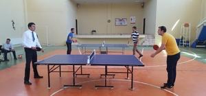 Pazarlar'da masa tenisi turnuvası