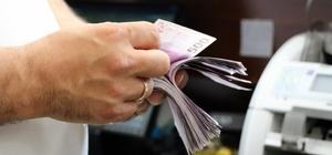 """(Özel) Dolar ve Euro'nun yükselmesinin temel sebebi seçim Sakarya Sarraf Kuyumcu ve Mücevherciler Derneği Başkanı Serkan Serbes: """"Satan kadar alanda var, yani ikisi dengeli gidiyor"""" """"Seçim sonuçlanınca piyasalar tekrar güven inşa edecek ve fiyatlar düşecek"""""""