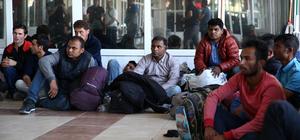 Adana'da 17 yabancı uyruklu yakalandı