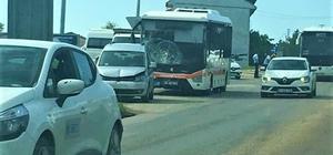Otobüsün karıştığı zincirleme kazada 1 kişi yaralandı