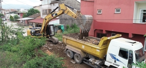 Başiskele'de uzun ömürlü beton yollar yapılıyor
