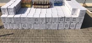 Antalya'da otele kaçak içki operasyonu Manavgat ilçesinde bir otele düzenlenen operasyonda 8 bin 338 litre çeşitli markalarda kaçak içki ele geçirildi