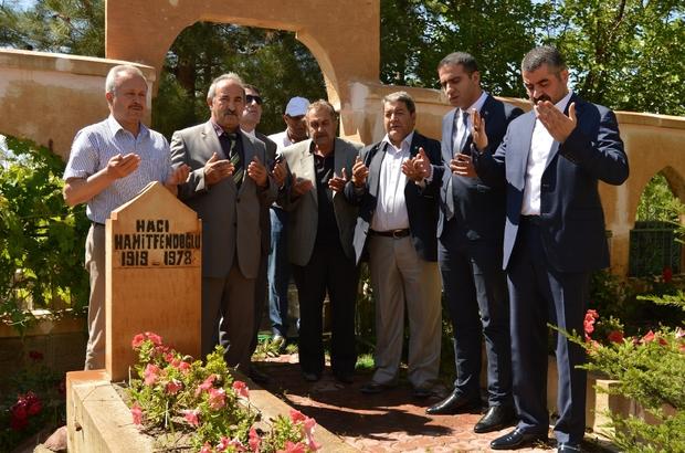 MHP adayı Fendoğlu'nun ilk ziyareti şehit amcasının mezarı oldu
