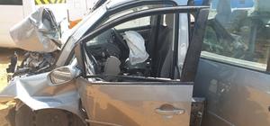 Beton aydınlatma direğine çarpan Rus kadın ağır yaralandı