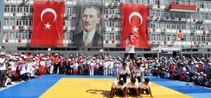 Adıyaman'da 19 Mayıs coşkuyla kutlandı