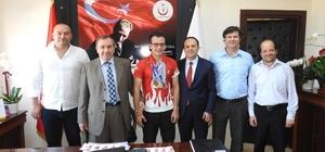 İl Sağlık Müdürlüğü Özel Milli Türkiye Şampiyonunu ağırladı