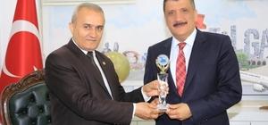 """Battalgazi Belediyesi'nden ABB'ye teşekkür Mahallelilik projesi, uluslararası """"Altın Göl"""" ödülüne layık görüldü"""