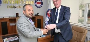 Başkan Kurt, Diyanet-Sen Başkanı Köroğlu'nu ziyaret etti
