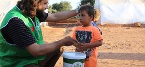 Türkiye'den hayırseverlerin sofrası Suriye'de kuruluyor