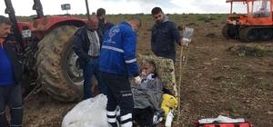 Kayalıklardan düşen vatandaşın yardımına AFAD yetişti Yaralı önce traktörle, daha sonra amfibik araçla ambulans helikoptere taşındı