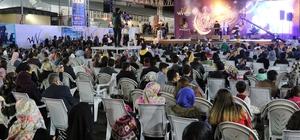 Van Büyükşehir'in Ramazan sokağına yoğun ilgi