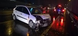 Tırın sıkıştırdığı otomobil kaza yaptı: 4 yaralı