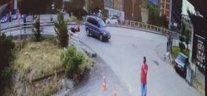 Motosiklet sürücüsünün ölümden kıl payı kurtulduğu anlar kamerada