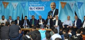 Başbakan Yardımcısı Fikri Işık, Darıca'da gençlerle buluştu