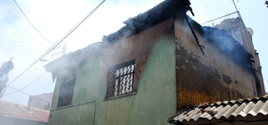 Manisa'da kahreden yangın: 2 kardeş yanarak can verdi Suriye uyruklu biri 2, diğeri 3 yaşında iki kardeş evlerinde çıkan yangında hayatını kaybetti
