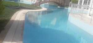 Havuza düşen anneanne ve torunu boğuldu
