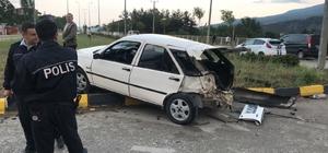 Karabük'te minibüsle otomobil çarpıştı: 1'i çocuk 4 yaralı