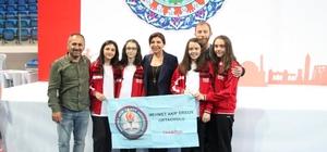 Trabzon'a ilk kez madalya getirdiler