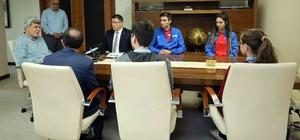 """Başkan Karaosmanoğlu: """"Gençlerimizden dünyaya yön vermelerini istiyorum''"""