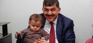 Belediye Başkanı Fadıloğlu, evlere konuk oluyor