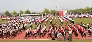TED'den 15 bin kişilik gençlik yürüyüşü