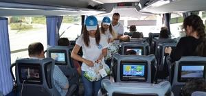 Sürücü ve yolculara süt günü sürprizi