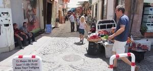 Barbaros Caddesi gündüz, Sahil ve Ayvalık Caddeleri gece trafiğe kapatılıyor