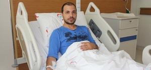 Trafik magandası doktoru hastanelik etti İskenderun Devlet Hastanesi Acil Servisinde pratisyen hekim olarak görev yapan Ali İhsan Karakaya, kendisini sıkıştıran aracın sürücüsü tarafından darp edildi