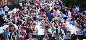 Osmaniye'de mahalle iftarı Osmaniye Belediyesi'nin her Ramazan ayında geleneksel hale getirdiği mahalle iftar programları başladı