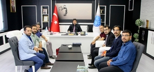 Yeni göreve başlayan akademisyenlerden Rektör Karacoşkun'a ziyaret