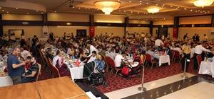 """SANKO Holdingden geleneksel iftar yemeği SANKO Holding onursal başkanı Abdulkadir Konukoğlu, """"İftar yemeklerinde çalışanlarımızla bir arada olmak Konukoğlu ailesinin 114 yıllık olmazsa olmaz geleneğidir"""""""