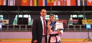 Eskişehirli sporcu Almanya'dan altın madalya ile döndü