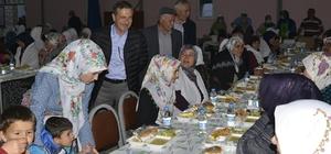 İftar sofraları Cumhuriyet ve Satılmışoğlu'nda kuruldu