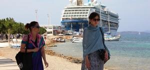 Beklenen turist bugün Bodrum'a geldi Aylar sonra ilk yolcu gemisi Bodrum'da İngilizler Bodrum'a akın etti