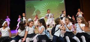 Konyaaltı'nda Dans Tiyatrosu büyüledi