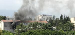 Mersin'de lisede yangın