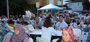 Germencik Belediyesi her gün farklı bir mahallede iftar veriyor