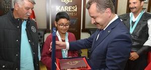 Etnospor'da dereceye giren sporcuları Başkan Yılmaz kabul etti
