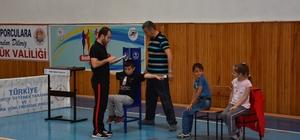 Türkiye'yi temsil edecek sporcular yetişecek