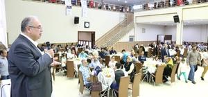 Başkan Kutlu, belediye personeliyle iftar açtı