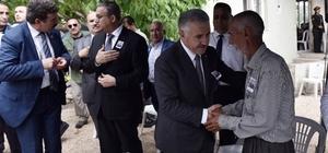 Bakan Arslan, şehit ailesini ziyaret etti