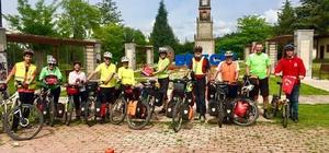 Nisan ayında 6 ülkeden 16 bisikletli ağırlandı