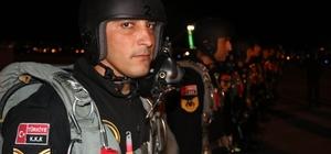 Erciyes 2018 tatbikatı başladı Kayseri Komando Tugayı'nın 'Yarasaları' gece atlayışında göz doldurdu
