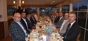 Düzce meclisi üyeleri iftarda buluştu