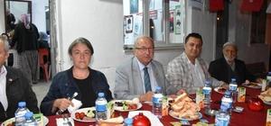 Başkan Albayrak Karaidemir Mahallesi'nde sahur programına katıldı