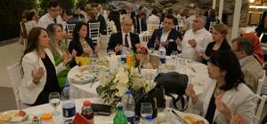 Bozüyüklü yardım sevenler iftar yemeğinde buluştu