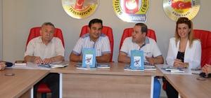 Eğitimci Yazar Murat Göl kitabını OGC'de tanıttı Göl, Sümelek Zamanı Gelir Kırlangıçlar adlı kitabını basın mensuplarına tanıttı